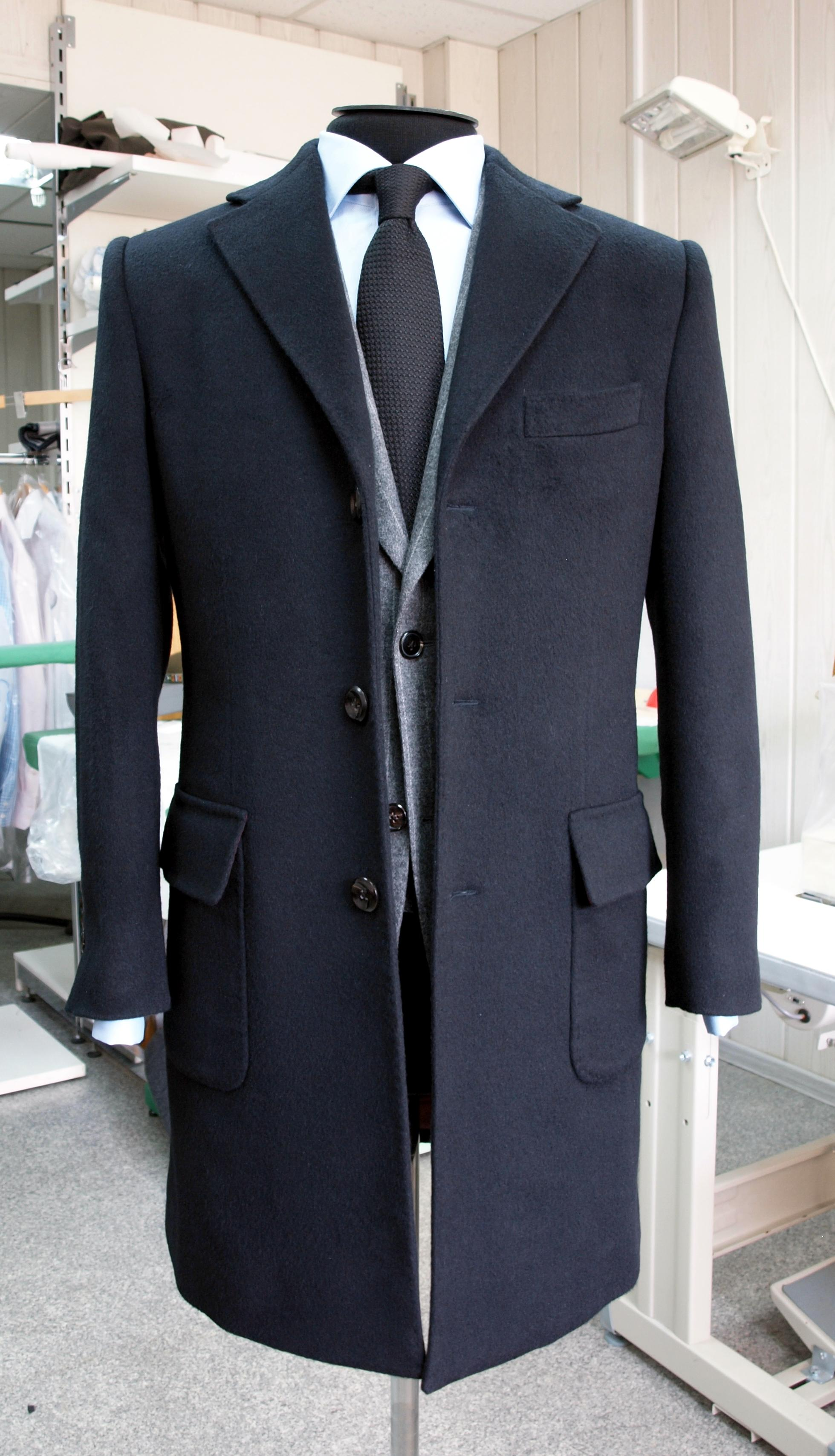 Пошив мужских костюмов на заказ. Где пошить и сколько он стоит? 69